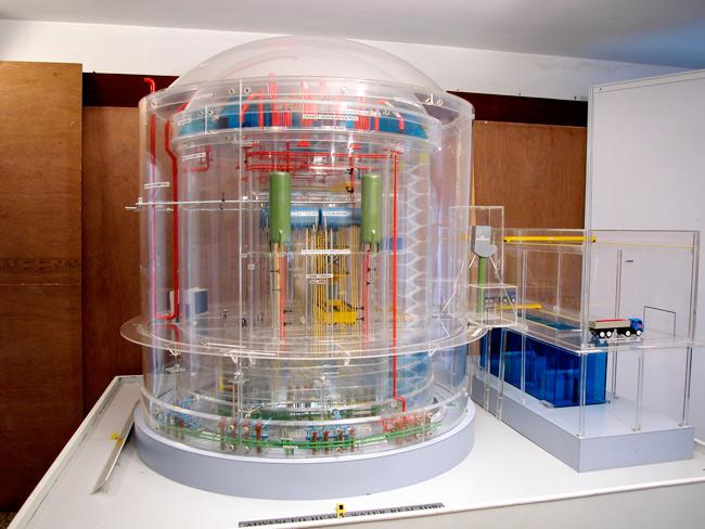 Thorium the alternative to nuclear uranium energy for Pool design reactor